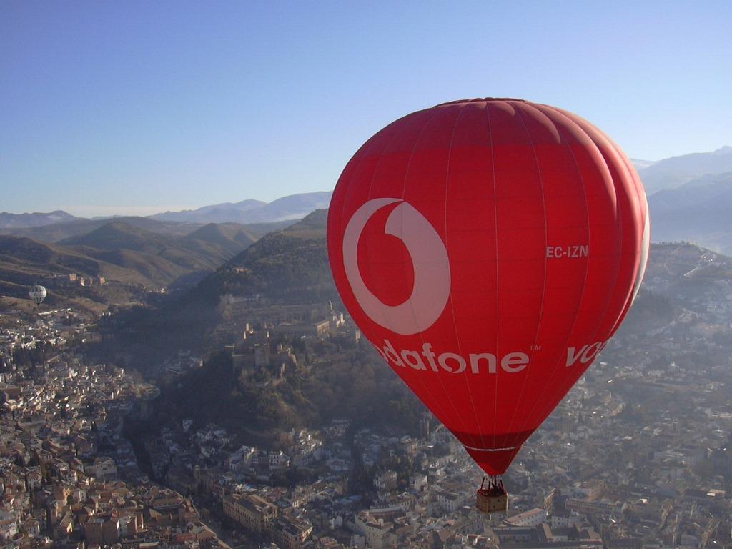 theballooncompany_Granada_Vodafone_volarenglobo